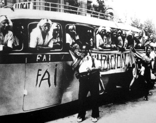 "Nurses join the Anarchist militia ""Durruti Column"""