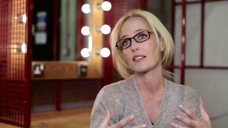 Gillian Anderson talks about working at the Young Vic and playing Blanche in A Streetcar Named Desire during summer 2014. http://www.youngvic.org/whats-on/a-...