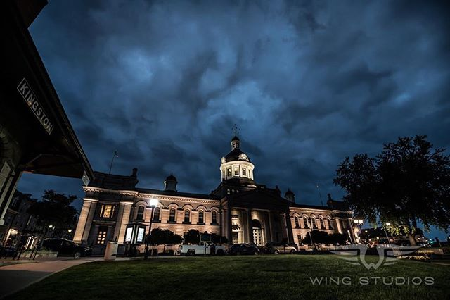 As night falls over the city the streets empty but we'll keep the light on for you. #home #ygk #kingston #ontario #canada #sigmaart #sigma #landscape #architecture #ygklove #ygkphotographer #ygkbusiness #nightphotography #clouds #downtownkingston #downtownygk