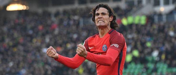 Avec France Football, suivez l'actualité; sportive du football en direct, les résultats, les classements, les transferts de foot et les infos sur l'équipe de France de football
