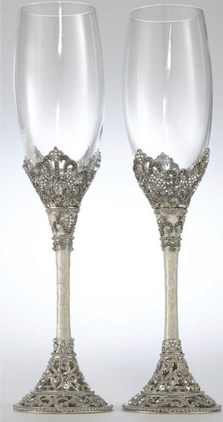 Toasting Flutes and Glasses | Colorado Wedding Gifts and Accessories - Gift Balloons - Candles - Home Decor - Party Decorating Items