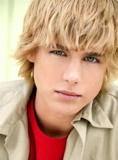 Boys Hairstyles and Cool Haircuts 2011-2012 Pictures   TRENDY HAIR STYLES