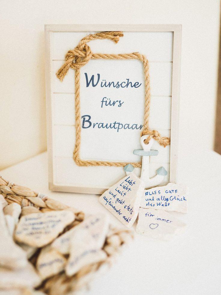 Ein alternatives Gästebuch zur Hochzeit. Steine die beschriftet werden können. Foto: Vivid Symphony