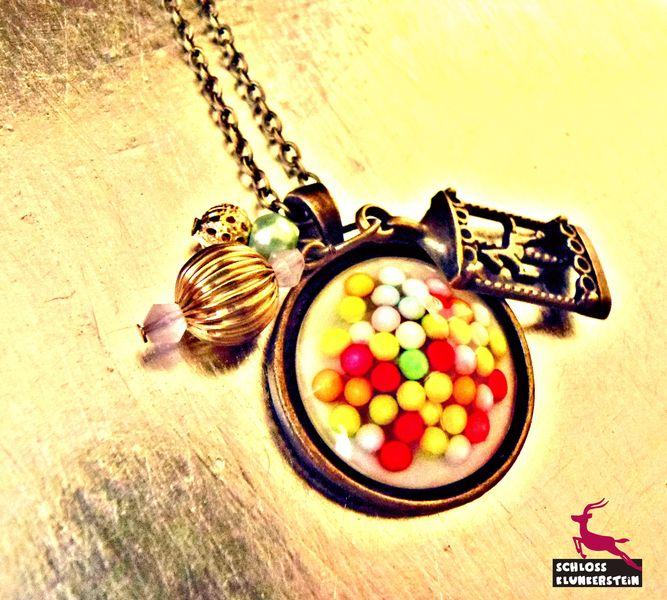 LIEBESPERLEN echte Zuckerperlen Kette retro gold von Schloss Klunkerstein - Retro Uhren & Designer Schmuck - selbst hergestellte Einzelstücke für außergewöhnliche Menschen. Naturschmuck und einzigartige Geschenke. Unikate in Handarbeit und antike Vintage - Schätze auf DaWanda.com