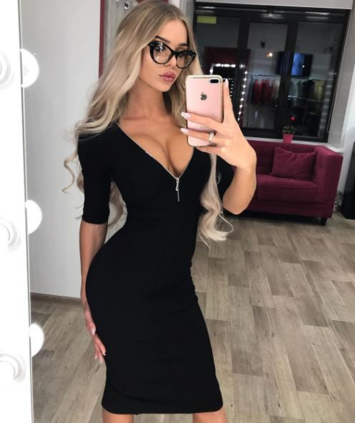 Mature flirting for adults - Find your mature match today at Shagcity.co.uk