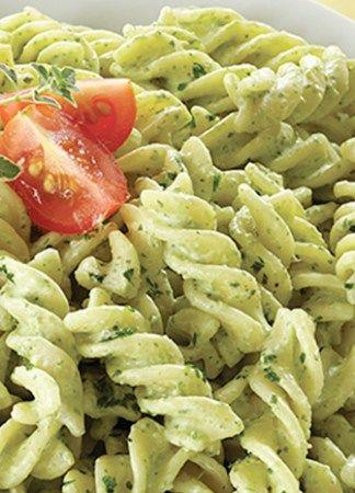 pasta de tornillo al cilantro con chile poblano