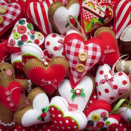 christmas decorations ornaments DIY: Idea, Felt Christmas, Fabrics Heart, Felt Ornaments, Christmas Decor, Christmas Ornaments, Gingerbread Man, Heart Ornaments, Felt Heart