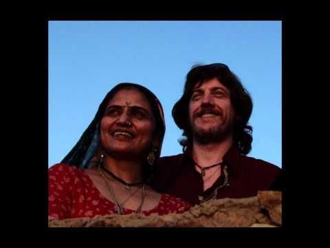"▶ TITI ROBIN & GULABI SAPERA: ""NEEM"" (राजस्थान) - YouTube"