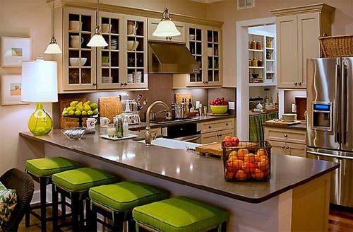 Барная стойка на кухне: как выбрать барные стулья для создания комфортной обеденной зоны
