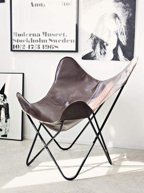 #legendary #leather Butterfly chair by  Antonio Bonet, Juan Kurchan and Jorge Ferrari-Hardoy designed in 1938. Knoll 1947 One BKF chair is at the Frank Lloyd Wright house Fallingwater.