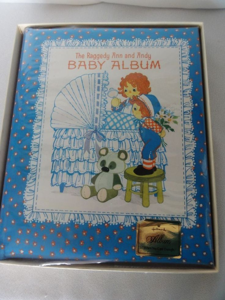 Vintage Hallmark 1975 Raggedy Ann Andy Baby Scrape Book