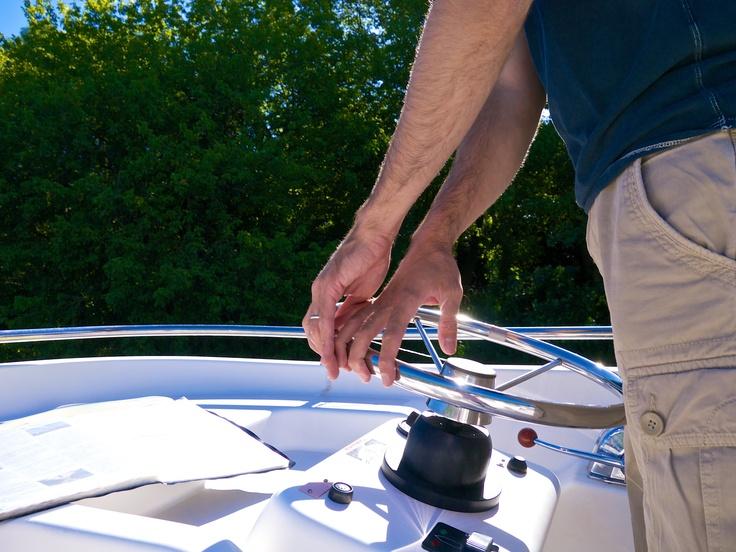 Navigation sur le Canal du midi en bateau sans permis