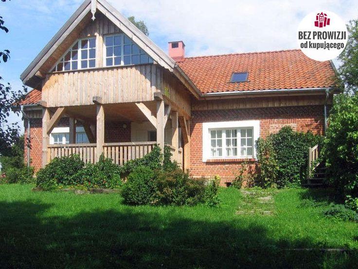 Urokliwy i niezwykle klimatyczny dom warmiński, położony na kolonii wsi Tuławki, w otoczeniu rozległych terenów leśnych i terenów rolniczych.Dom wybudowany z czerwonej cegły, posiada dwie kondygnacje nadziemne - parter i poddasze użytkowe i...