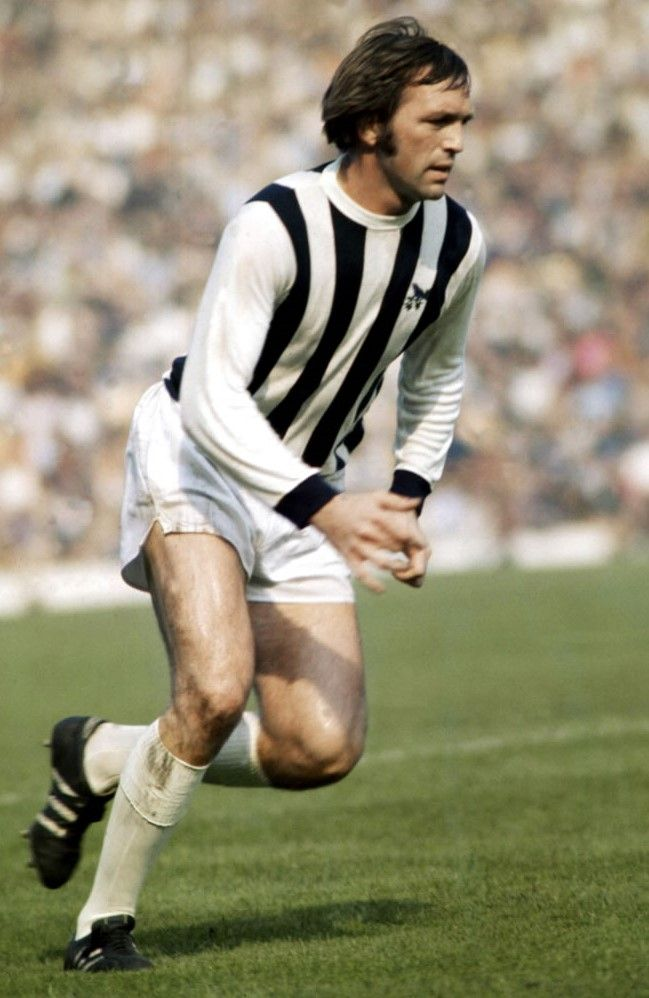Jeff Astle West Bromwich Albion 1970
