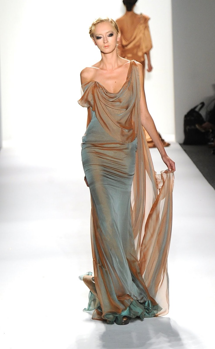 Venexiana Spring 2012  [dreamy], Love the bronze to teal combination. Need to try to replicate it on a project!