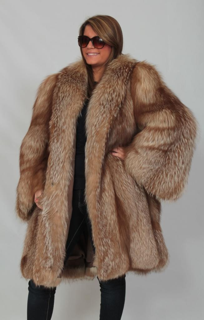Coat on pinterest ostrich feathers feather dress and puffer coats