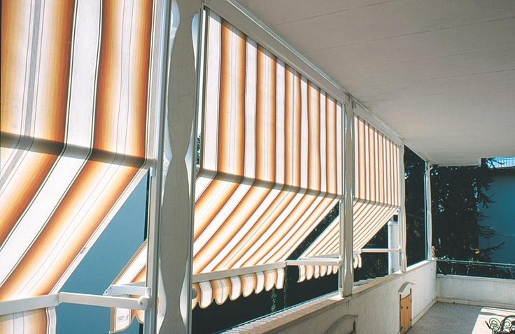 Copertine mobile Dim 6, copertine Gibus pentru ferestre si terase tip balcon. Sunt copertine ideale pentru spatii cu expunere indelungata la soare, au avantajul de a fi mobile si cu unghiuri de umbrire variate,