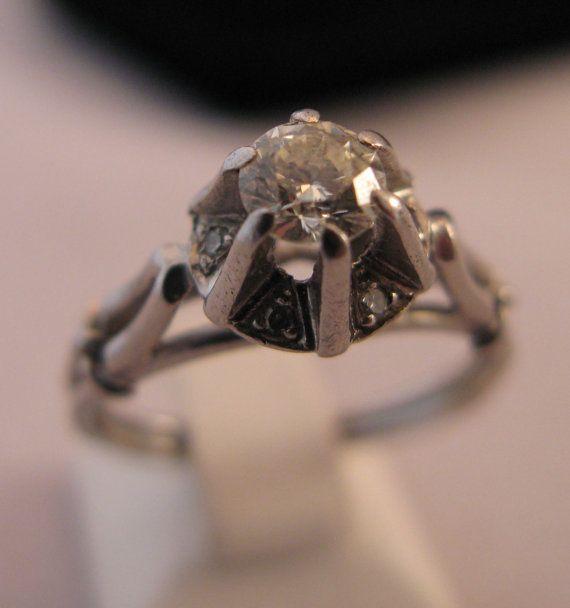 Carati di 0.35 Platinum solido a mano d'epoca di VintageJewelries #jewelryonetsy #integritytt #etsyspecialt