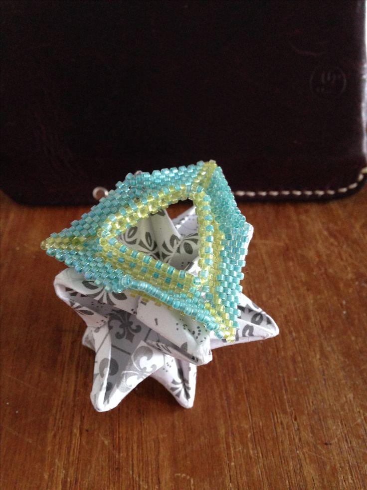 Kate McKinnon inspired 3D peyote, 11/0 delica beads