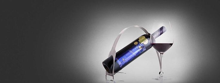 Our signature range - Squid Ink Shiraz #squidink #wine #red #mclarenvale  Get it at mclarenvaleiiiassociates.com.au