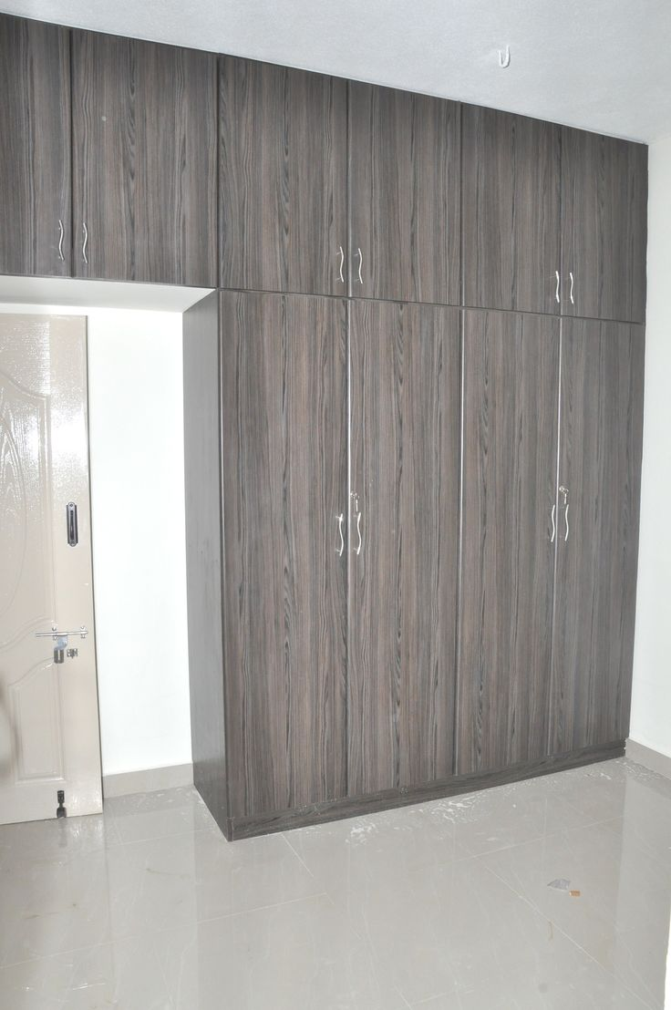 This Cloth Wardrobe Is Made From Plywood With Laminate End
