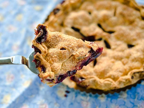 6 Classic Summer Pie Recipes to Have in Your Repertoire #dessert