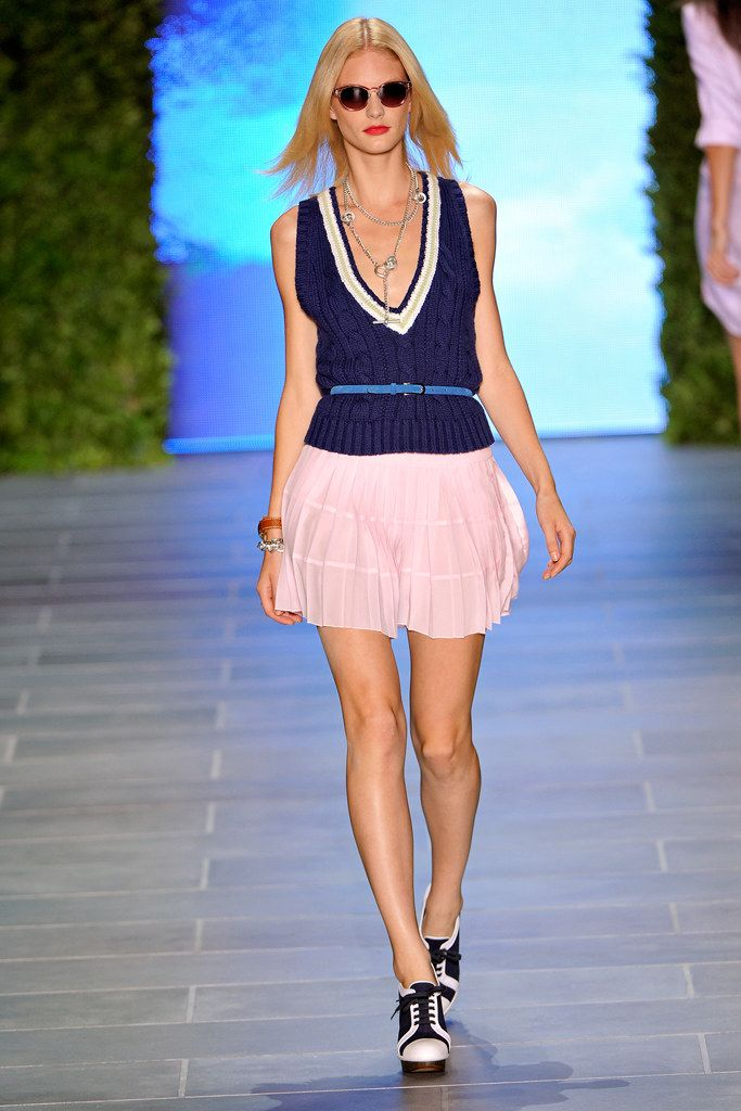 shop for bags Tommy Hilfiger Spring 2011 Ready to Wear Collection Photos   Vogue