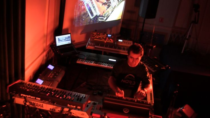 Alba Ecstasy & Nord: Live at the Library. Nord on a Moog Sub Phatty.