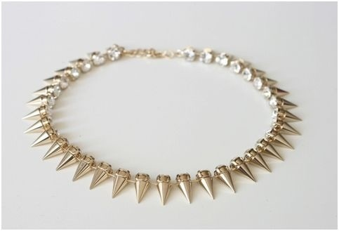 Love this. Want this.: Spike Necklace, Fashion, Spikes, Style, Jewelry, Sparkle, Necklaces, Accessories