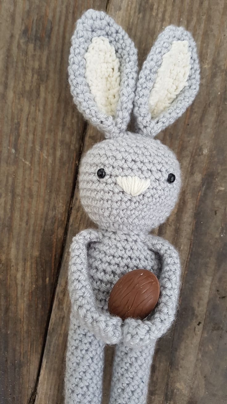 Easter crocher bunny pattern byania.etsy.com