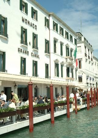 Hotel Monaco & Grand Canal   breakfast at the hotel Monaco is on of the nicest wake up