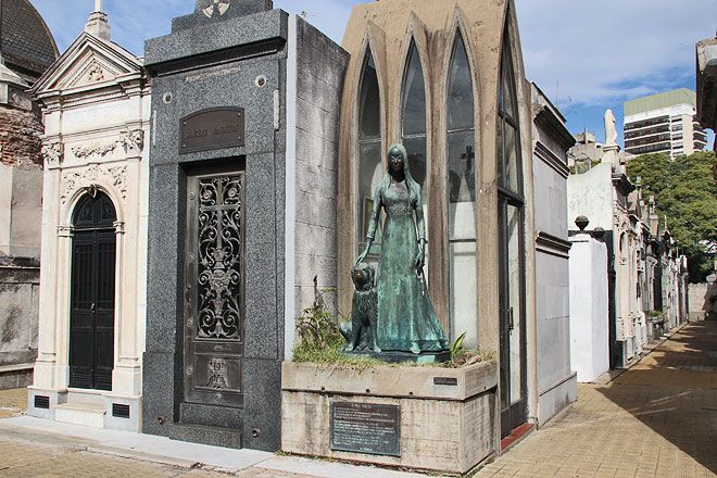 liliana crociati cementerio recoleta - Google Search