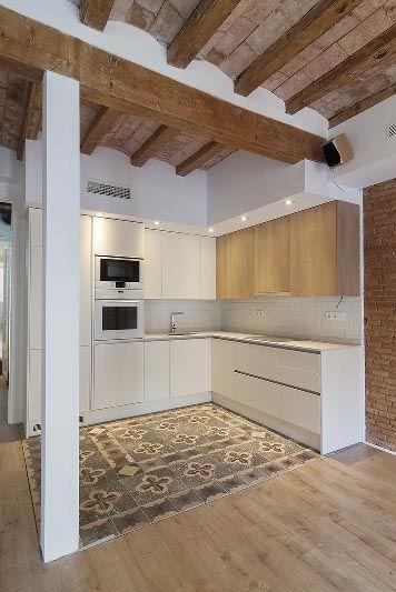 #Cocina reformada y #equipada. #interiorismo #Barcelona