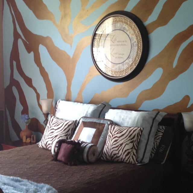 Perfect My Funky Animal Print Bedroom!