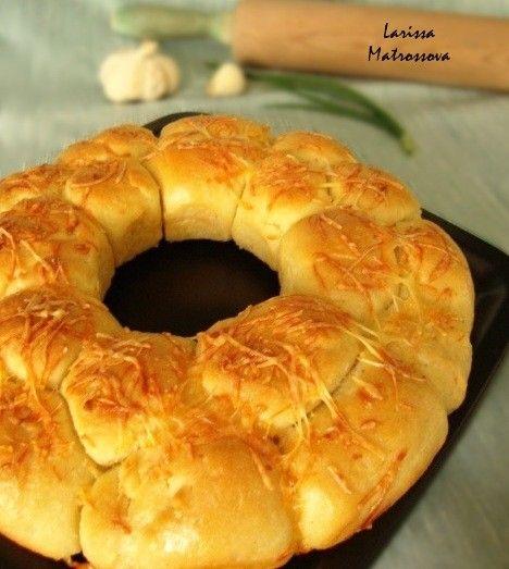 Ароматный хлебушек с чесночком. Аромат по дому стоит необыкновенный! Попробуйте, очень вкусно! Отличное дополнение к супу или нежный хлеб для бутербродов. Все…