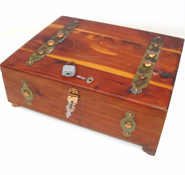 17 best ideas about wooden box with lid on pinterest wood box design wooden boxes and wooden. Black Bedroom Furniture Sets. Home Design Ideas