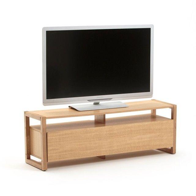 Le meuble TV porte abattante Compo. Style scandinave, un meuble TV contemporain à associer aux autres meubles de la gamme Compo.Son plus: multifonctions. Descriptif du meuble TV porte abattante Compo :Caisson avec :- 1 porte abattante ouvrant sur 2 niches.- 2 niches ouvertes.- 1 tablette support TV (poids maxi du téléviseur : 50 kg).- Pour écran plat jusqu'à 47 pouces (119 cm).Caractéristiques du meuble TV porte abattante Compo :- Caisson et plateau en MDF replaqué chêne, finition ver...