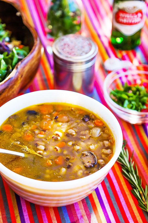 Vegetarian Black Eye Pea soup for #ATHingOfBeauty with @StellaArtois