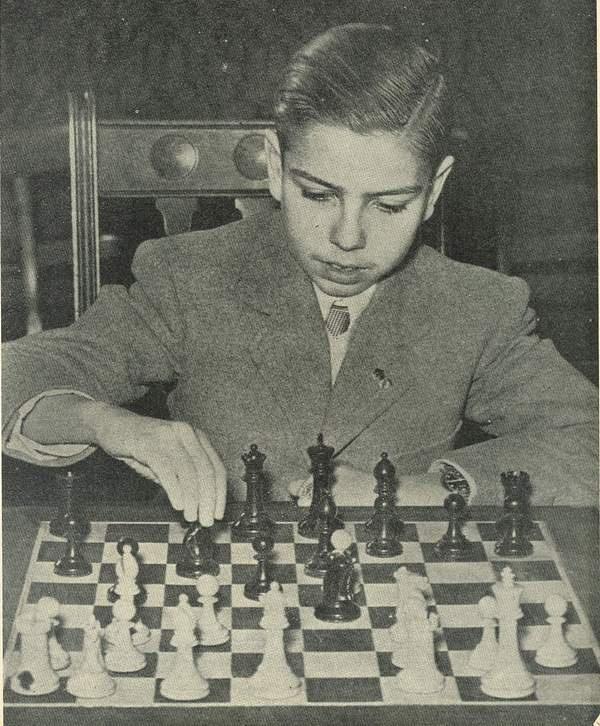#chess prodigy Arturito Pomar | 1946