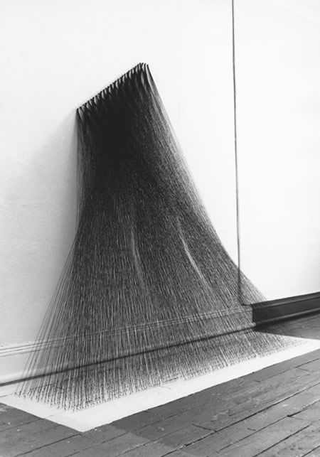 Art installation by Kazuko Miyamato, Japan. Great article of contemporary fibre art.