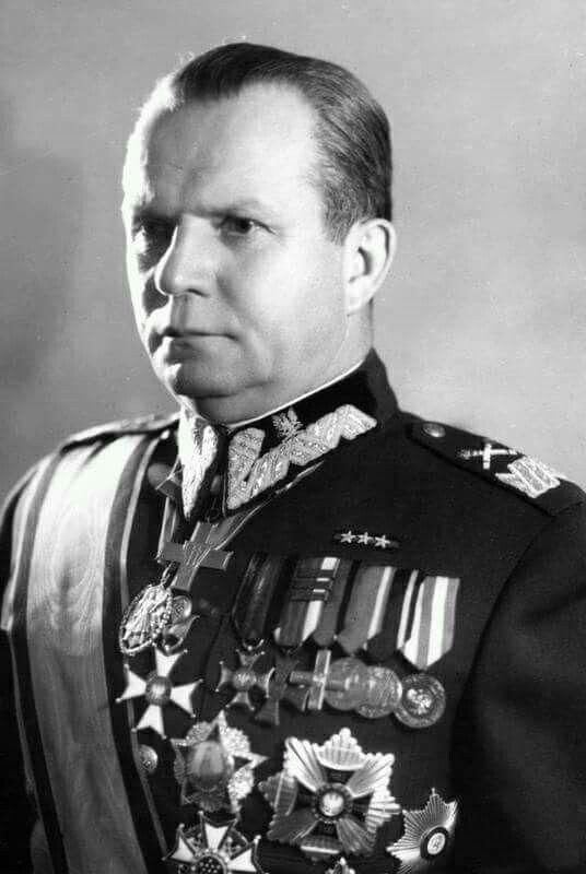 Marszałek Rola Żymierski