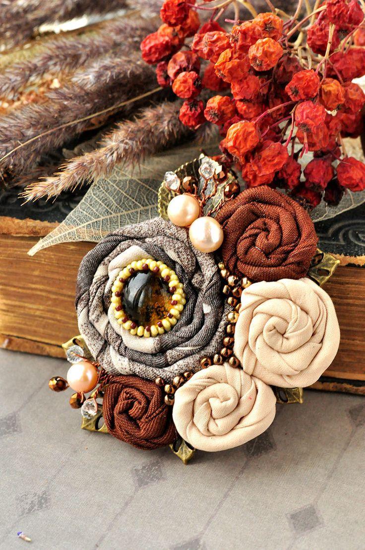"""Купить Брошь """"Осенний сон"""" - коричневый, брошь, брошь цветок, цветы из ткани, ткань, ткань"""
