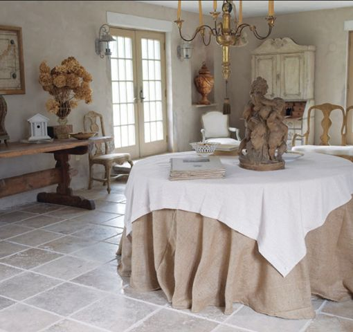 The 1760 Rhode Island house of Libby Holsten.  A  lover of Italian and French antiques as well as Swedish design decor.