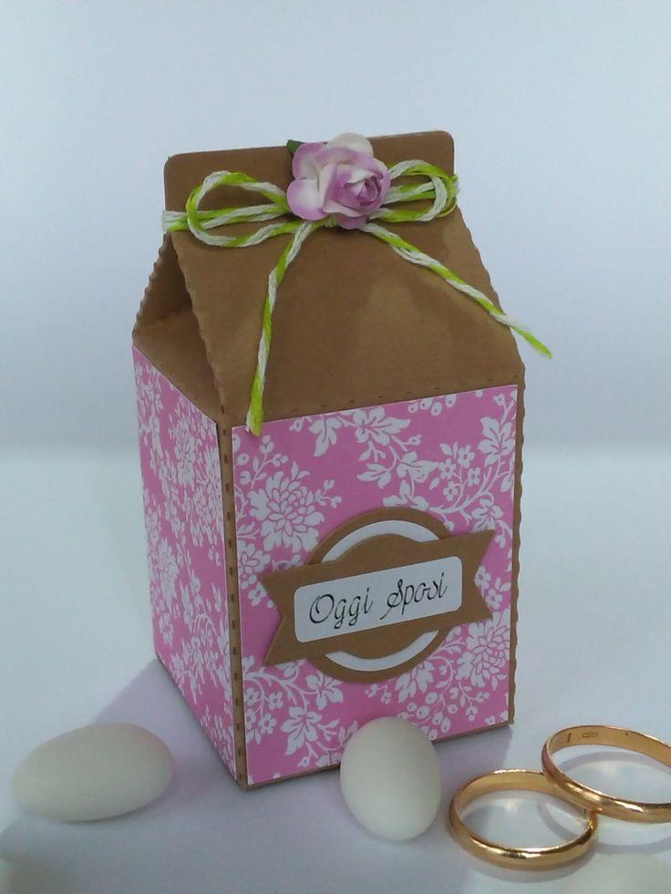 Romantica scatolina portaconfetti per matrimonio.
