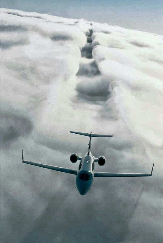 Goal to be traveling in my own one.... #HrdwrkPaysOff #StillGrindin