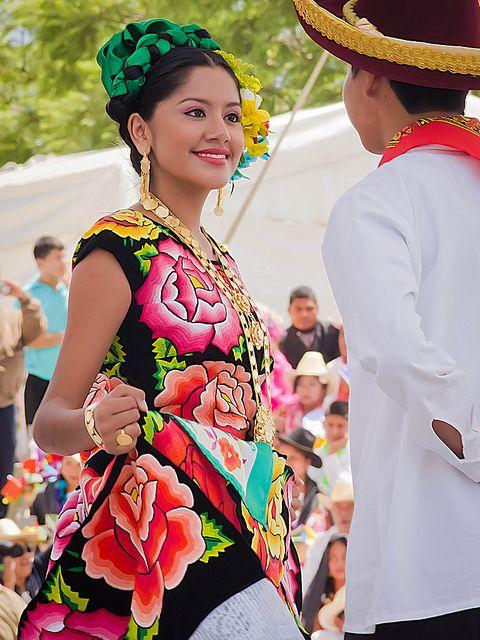 costumbres y tradiciones de los mixtecas yahoo dating