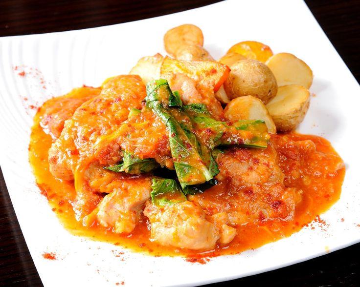 鹿児島県産桜島鶏のまるごとトマト煮込みカチャトーラ