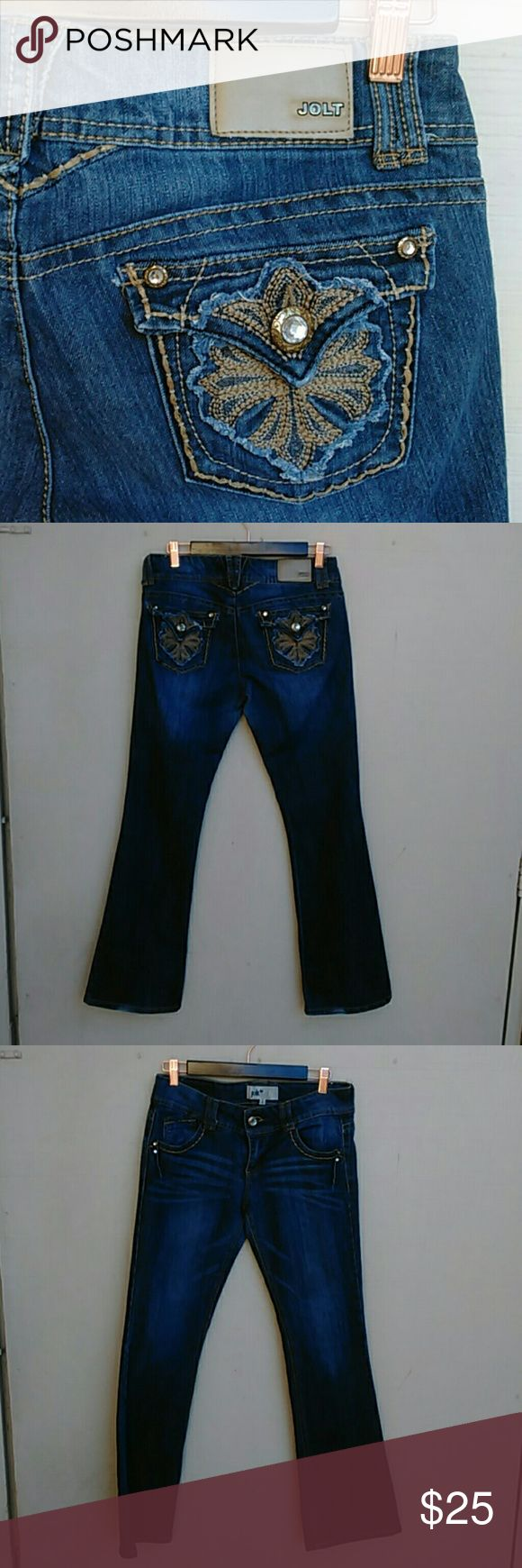 Darling JOLT jeans Sweet jeans by jolt. Soft denim, with embellished pockets, button closures, no drag, good used condition. Ask questions bundle for discounts Jolt Jeans Boot Cut