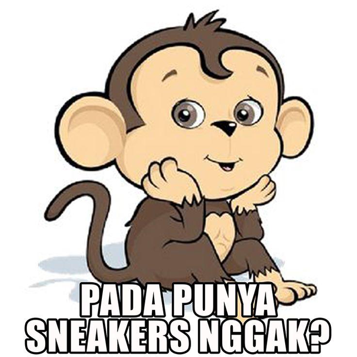 "Monyet: ""Tarzan, kenapa sih kamu nggak pake sepatu?"" Tarzan: ""Mau tahu aja kamu. Kenapa memangnya?"" Monyet: ""Aku sudah jadi asistenmu sejak kecil sampe dewasa, mau tahu donk!"" Tarzan: ""Ya soalnya aku pengangguran. Nggak mampu beli sepatu, Nyet.."" Monyet: ""Err...."""