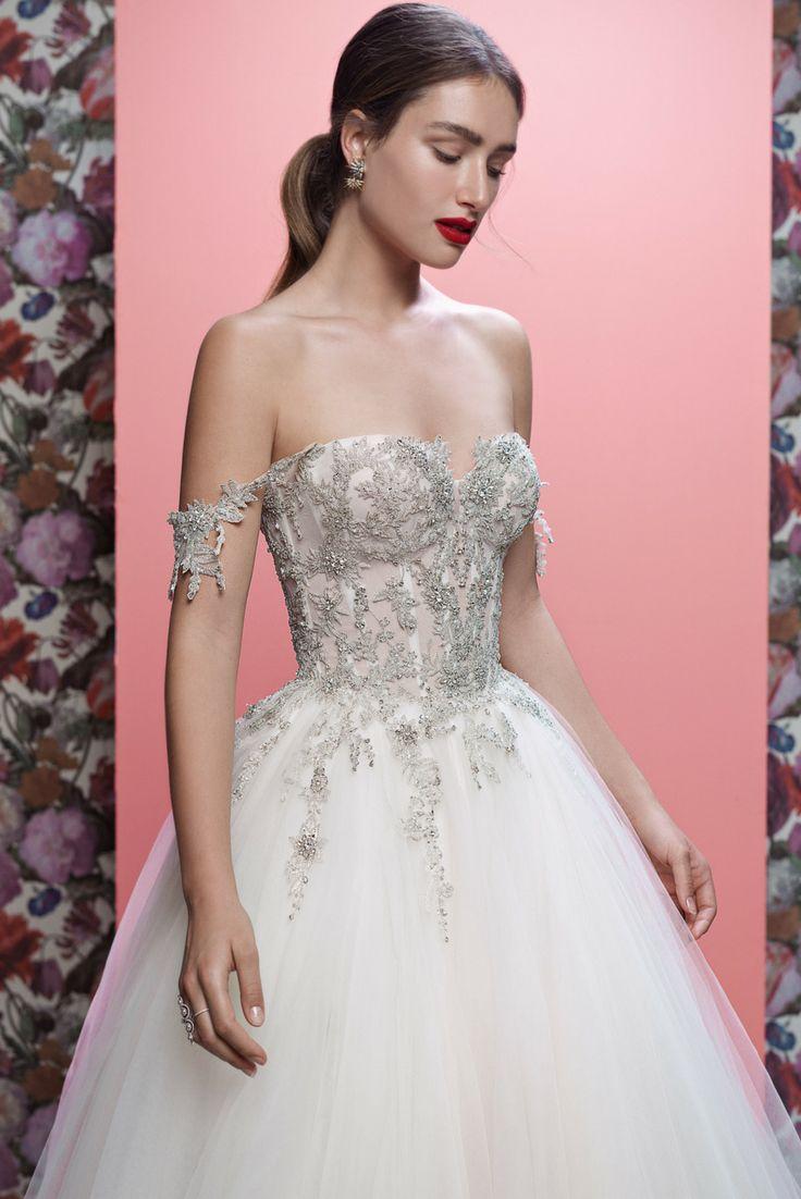 12 best constant moi images on Pinterest | Wedding dressses, Wedding ...